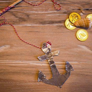 Piratengeburtstag Piratenspiel Anker Wettaufrollen