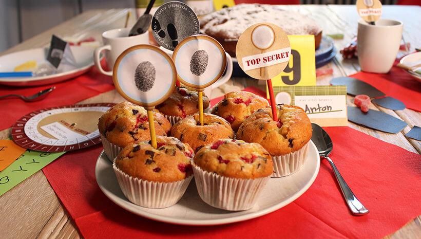 Detektiv-Kindergeburtstag-Dekopicker-Muffins
