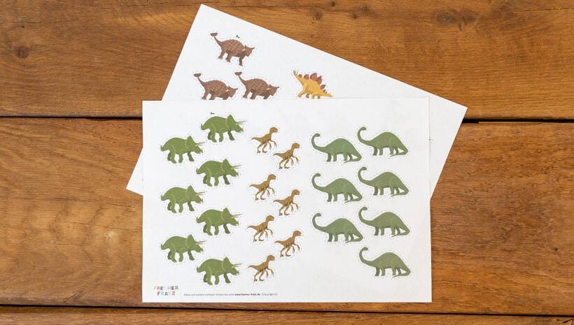 Dino-Kindergeburtstag-Forscherbuch-Vorbereitung