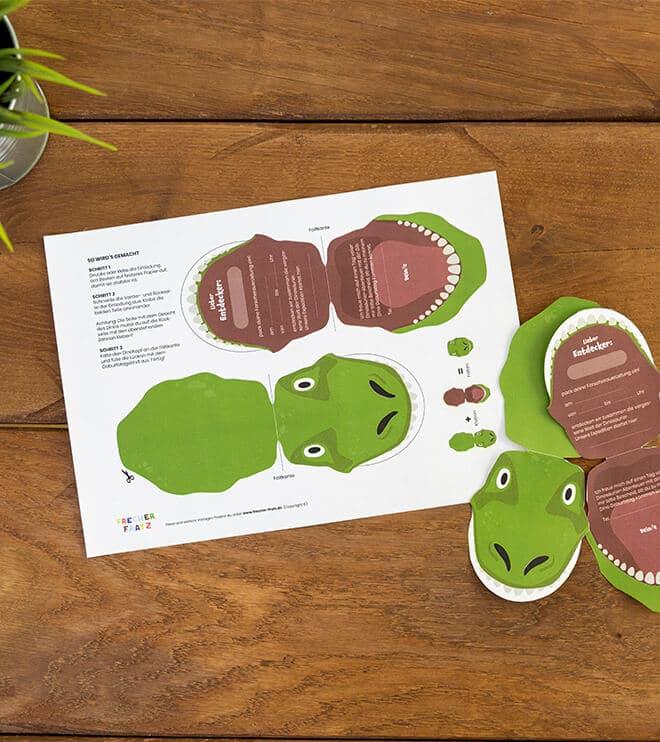 Dino_Kindergeburtstag_Einladung_T_Rex
