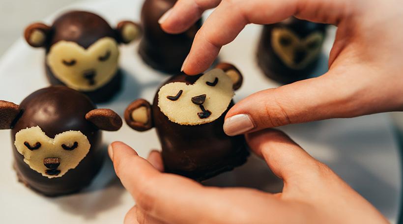 Dschungel-Kindergeburtstag-Affen-Schokokuesse-Anleitung-Rezept-einfach-Selbermachen