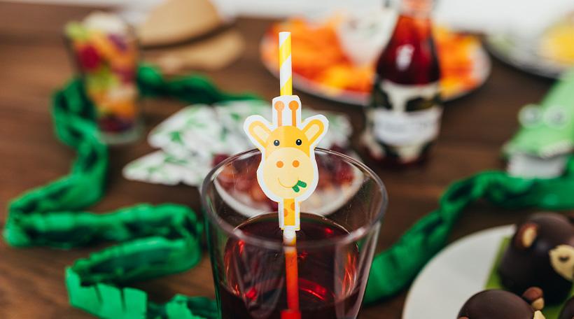 Dschungel-Kindergeburtstag-Dekopicker-Geburtstagstisch