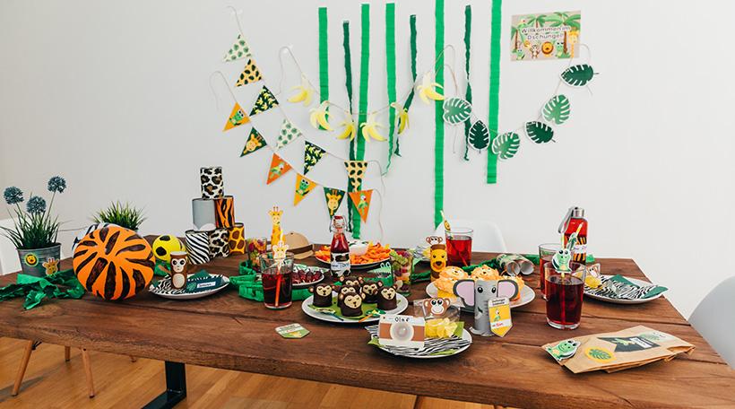 Dschungel-Kindergeburtstag-Ideen-Geburtstagstisch
