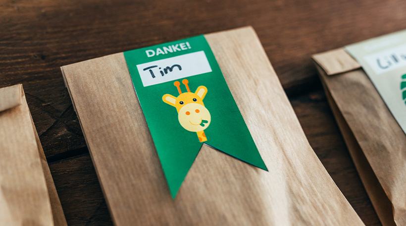 Dschungel-Kindergeburtstag-Mitgebseletiketten-Dankeetiketten-Giraffe