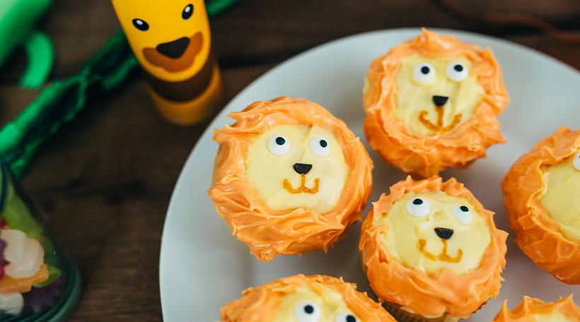 Dschungel-Kindergeburtstag-Muffins-Loewe-Frosting-Cupcak-Dekoration