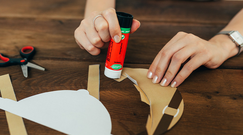 Dschungel-Kindergeburtstag-Safari-Hut-Bastelanleitung-DIY