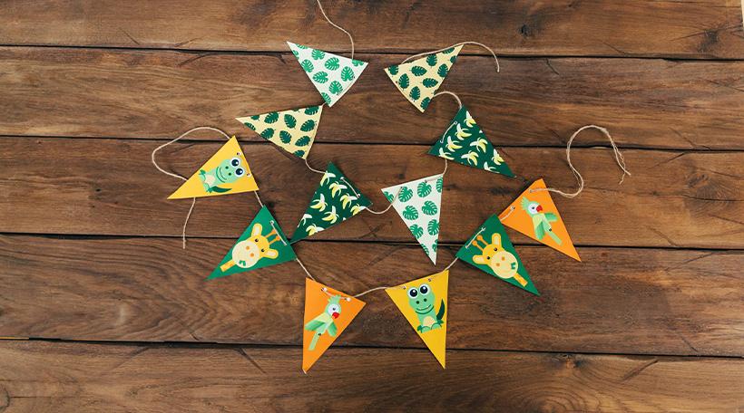 Dschungel-Kindergeburtstag-Wimpelkette-Dekoration-Idee-Dschungelgeburtstag-Kinder
