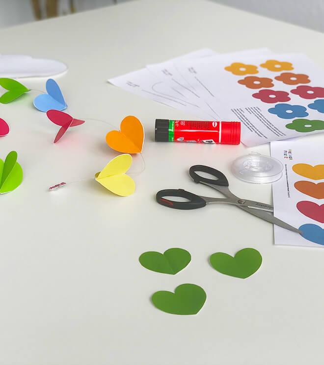Einhorn-Kindergeburtstag-Regenbogenmobile_Shop3