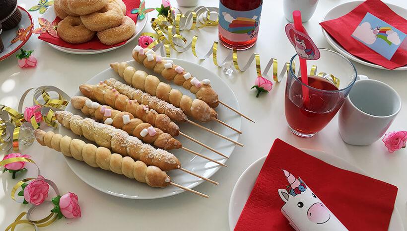 Einhorn-Kindergeburtstag-Zauberhoerner-Tischdeko
