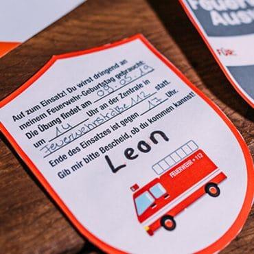 Feuerwehr Kindergeburtstag Einladung Feuerwehrabzeichen