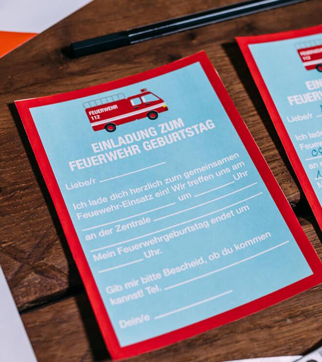 Feuerwehr-Kindergeburtstag-Einladung-Postkarte