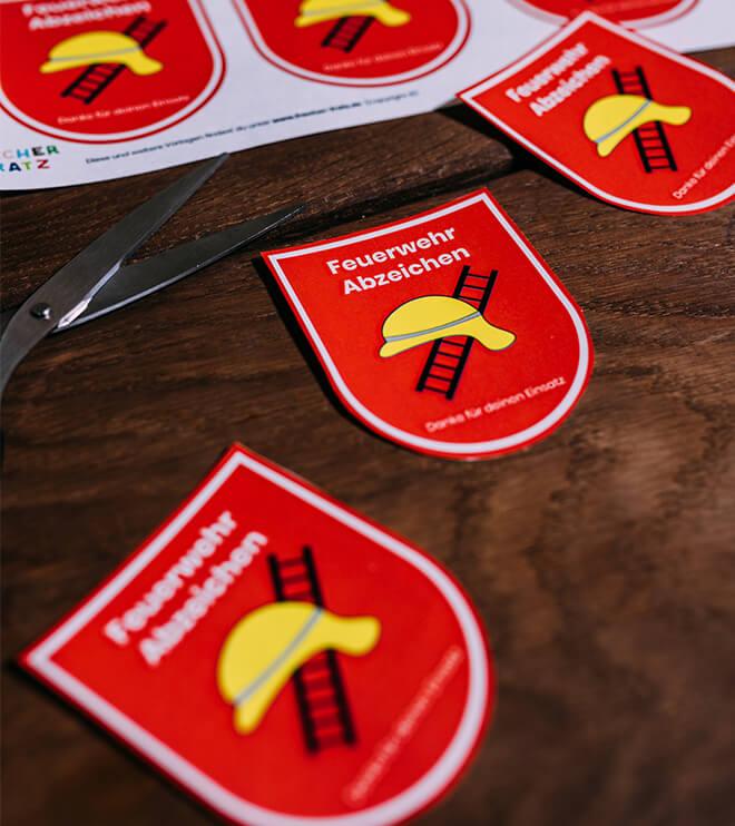 Feuerwehr-Kindergeburtstag-Feuerwehrabzeichen-Shop01
