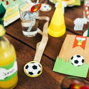 Fussball-Kindergeburtstag-Bastelvorlage_Tisch_Shop01