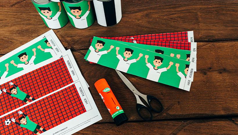 Fussball-Kindergeburtstag-Dosenwerfen-Bastelvorlage-Geburtstag-Spiel-Kinderspiel-Ballspiel