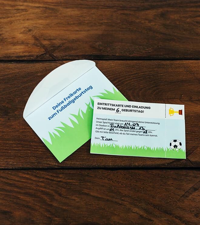 Fussball-Kindergeburtstag-Falteinladung_Shop02