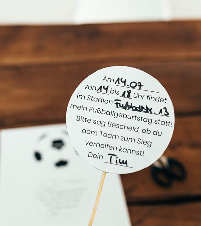 Fussball-Kindergeburtstag-Fussballeinladung_Shop03