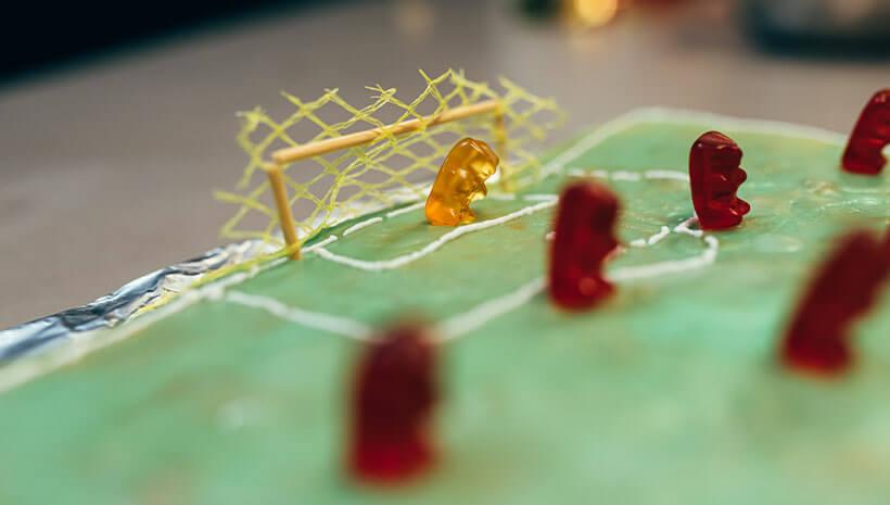 Fussball-Kindergeburtstag-Kuchen-Bastelvorlage-Geburtstag-1