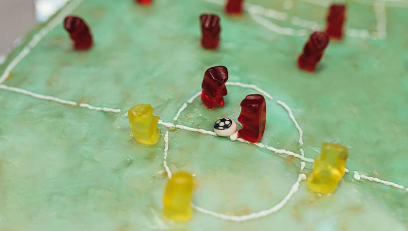 Fussball-Kindergeburtstag-Kuchen-Bastelvorlage-Geburtstag-2