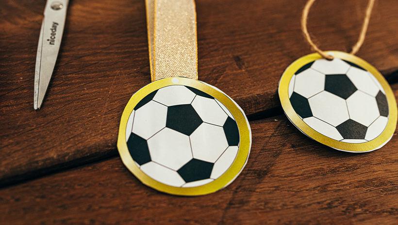 Fussball-Kindergeburtstag-Medaille-Bastelvorlage-Geburtstag-Abzeichen