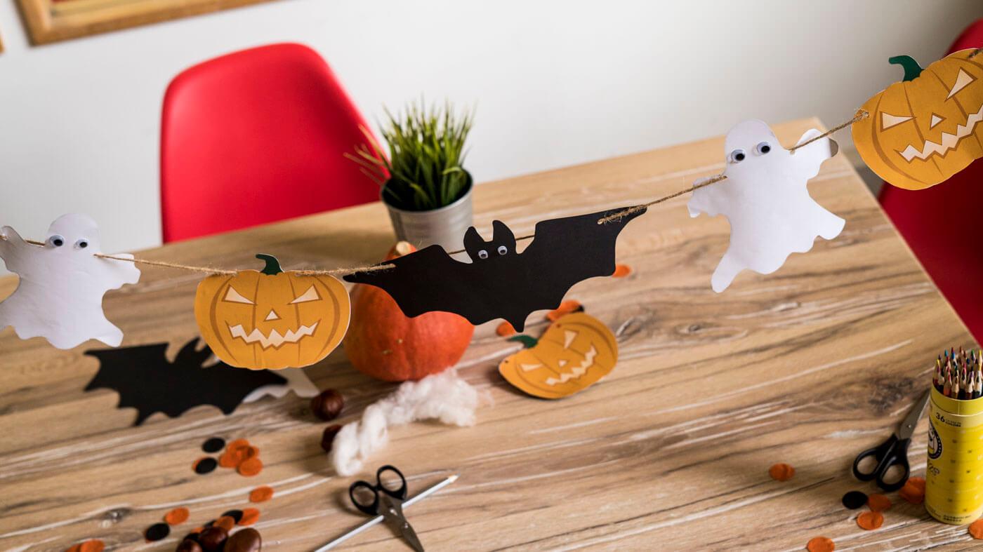 Die besten Ideen für deine Kindergeburtstag Halloween Party + Vorlagen