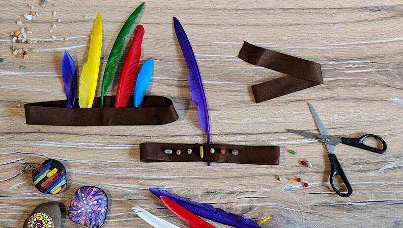 Indianer Kindergeburstag Federschmuck basteln