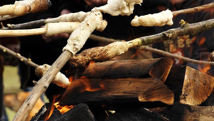 Indianer-Kindergeburtstag-Rezepte-Stockbrot