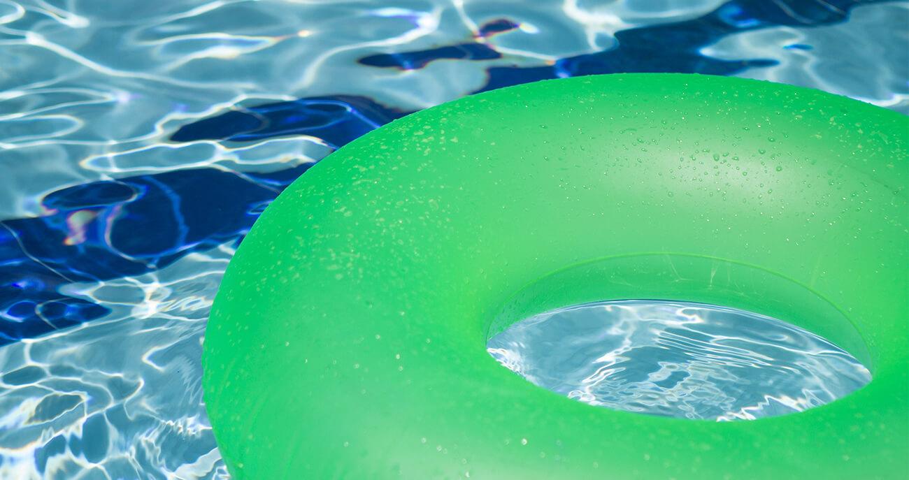 Kindergeburtstag-Schwimmbad-Titelbild