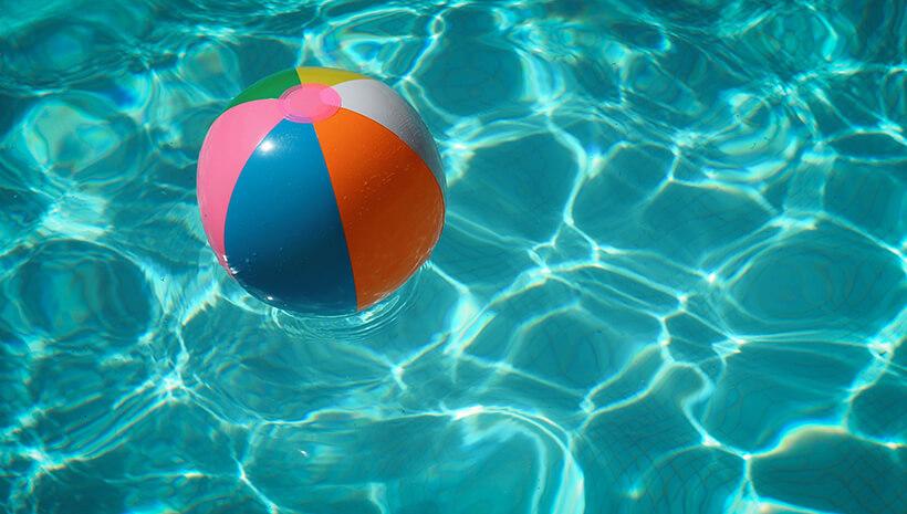 Kindergeburtstag-Spiele-Schwimmbadgeburtstag