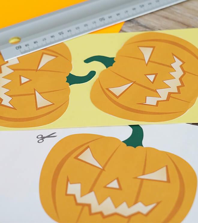Halloween Kindergeburtstag Bastelvorlage Kürbis Einladung