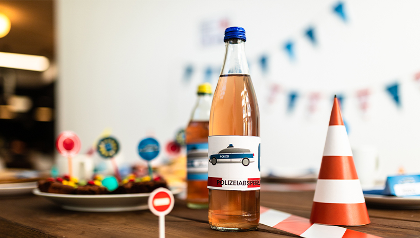 Polizei-Geburtstag-Falschenbanderole-basteln-Bastelvorlage-Flasche