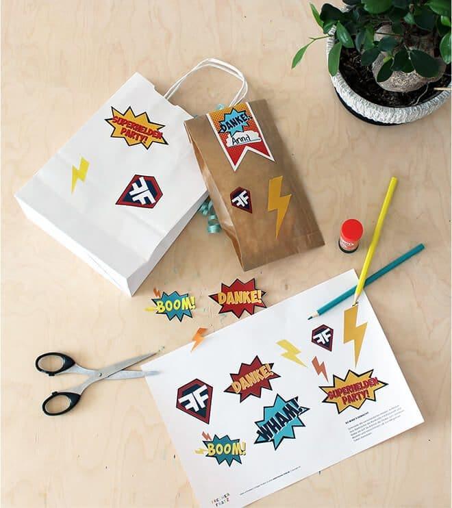 Produktbild-Superhelden-Kindergeburtstag-Aufkleber2.pg