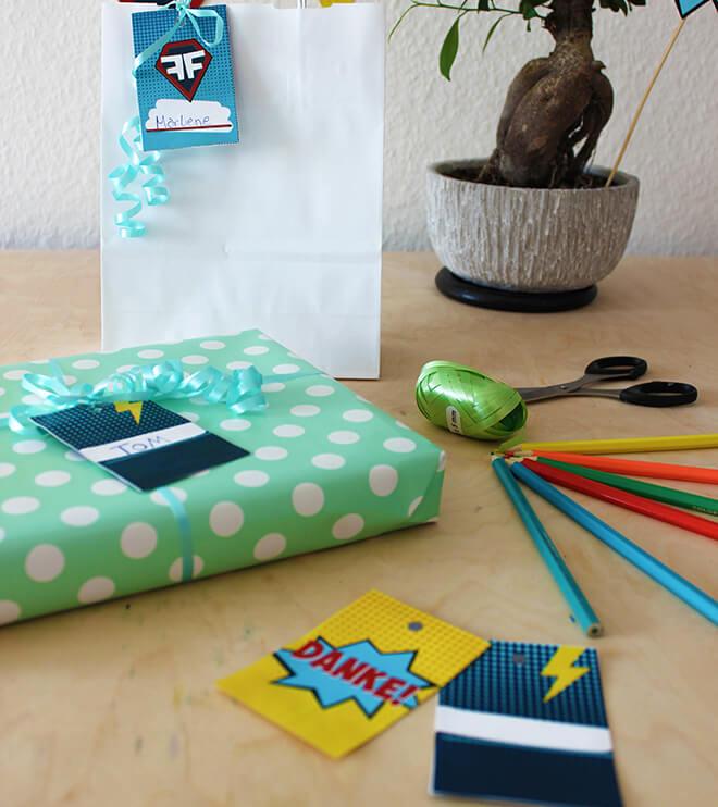 Produktbild-Superhelden-Kindergeburtstag-Geschenkanhaenger