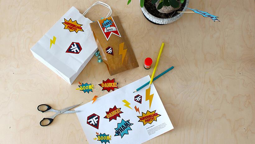 Superhelden-Kindergeburtstag-Aufkleber