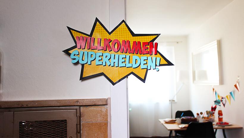 Superhelden-Kindergeburtstag-Wilkommensschild