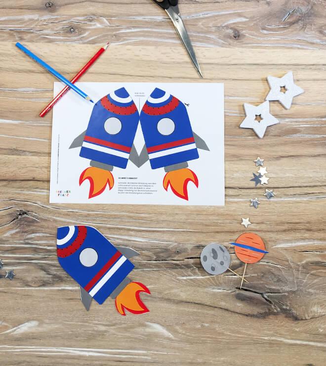 Weltraum Geburtstag Einladung Rakete